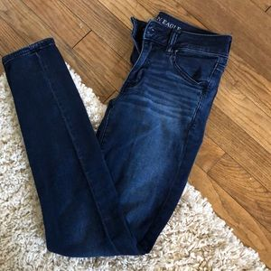 Dark wash skinny American eagle jeans